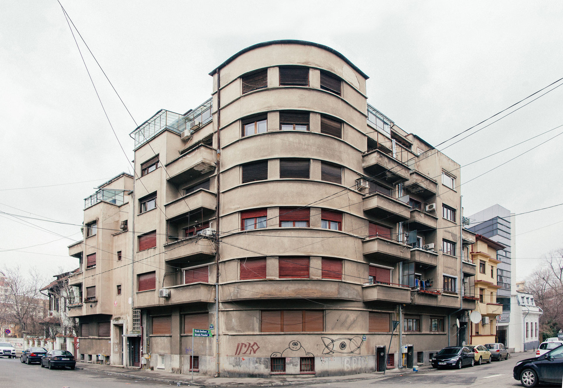 Strada Armenească 28
